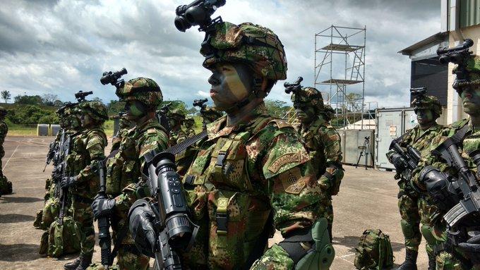 Nueve soldados heridos tras descarga eléctrica en Cundinamarca