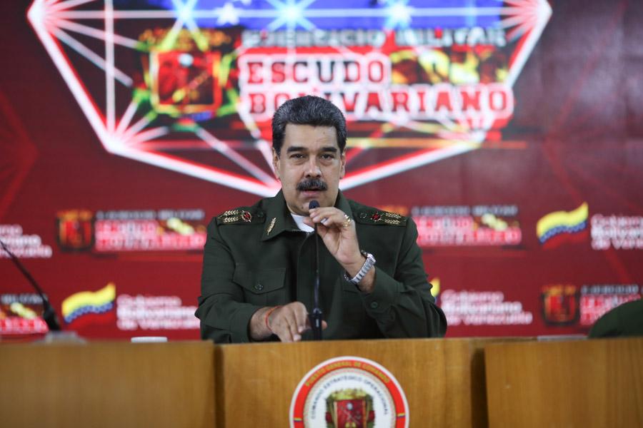 Maduro arremete contra Colombia y Estados Unidos