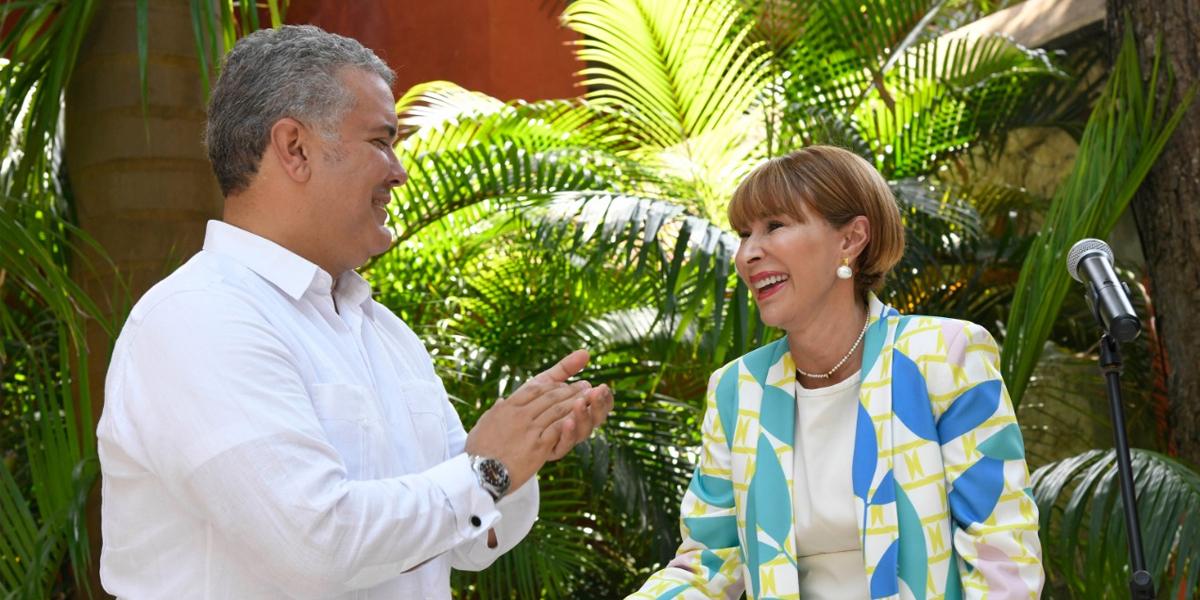 Alicia Arango se posesiona oficialmente como ministra del Interior