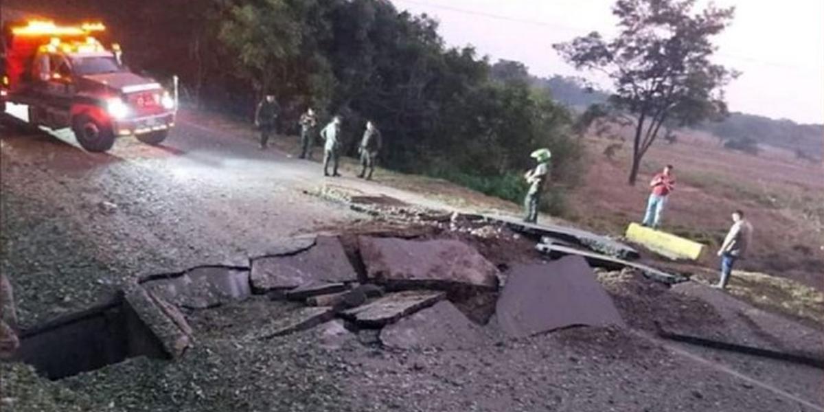 Habilitan paso en la vía Cúcuta - Tibú luego del atentado del ELN