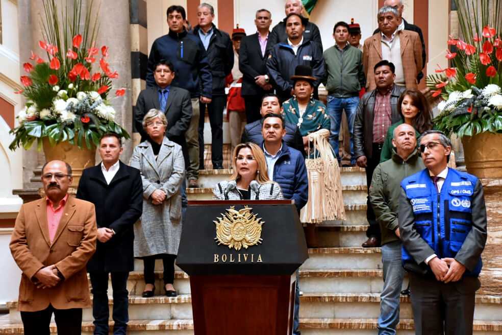 Bolivia entra en cuarentena y aplaza elecciones presidenciales