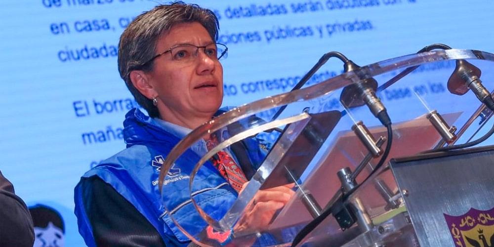 Claudia López manufactura