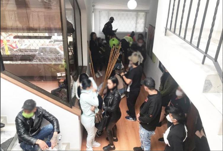 Fiscalía judicializa a 40 personas que hicieron una fiesta en Usaquén