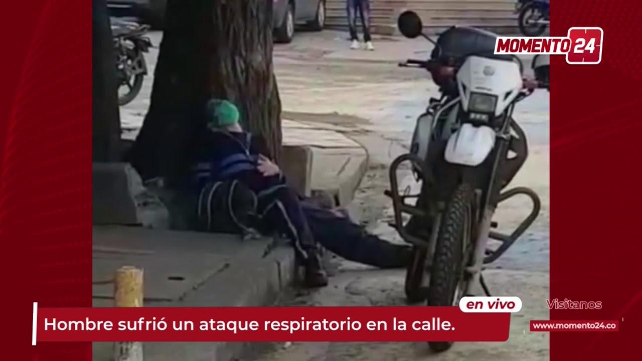 (Video) Hombre sufre ataque respiratorio en plena calle