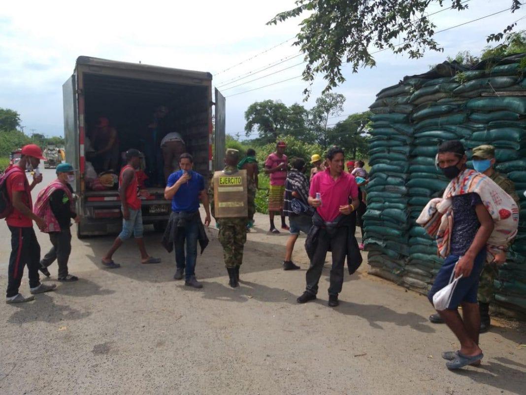 migrantes venezolanos furgonesta