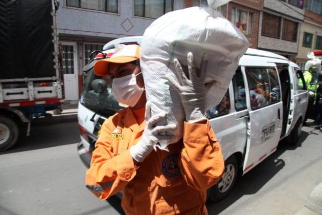 Avanzan las entregas de paquetes alimentarios en la capital del país