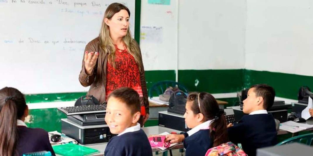 Convocatoria para docentes y directivos en diplomados con el 100 % de financiación