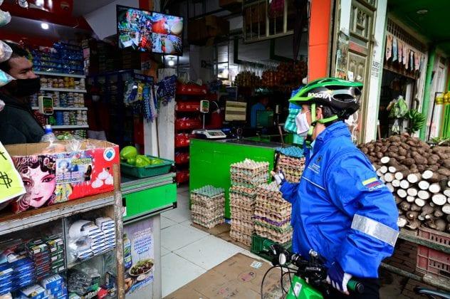 En bicicleta: Así fue el recorrido de Claudia López en Suba