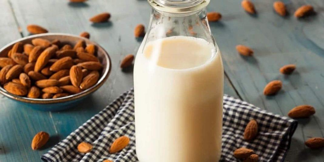 Aprende a preparar leche vegetal en casa