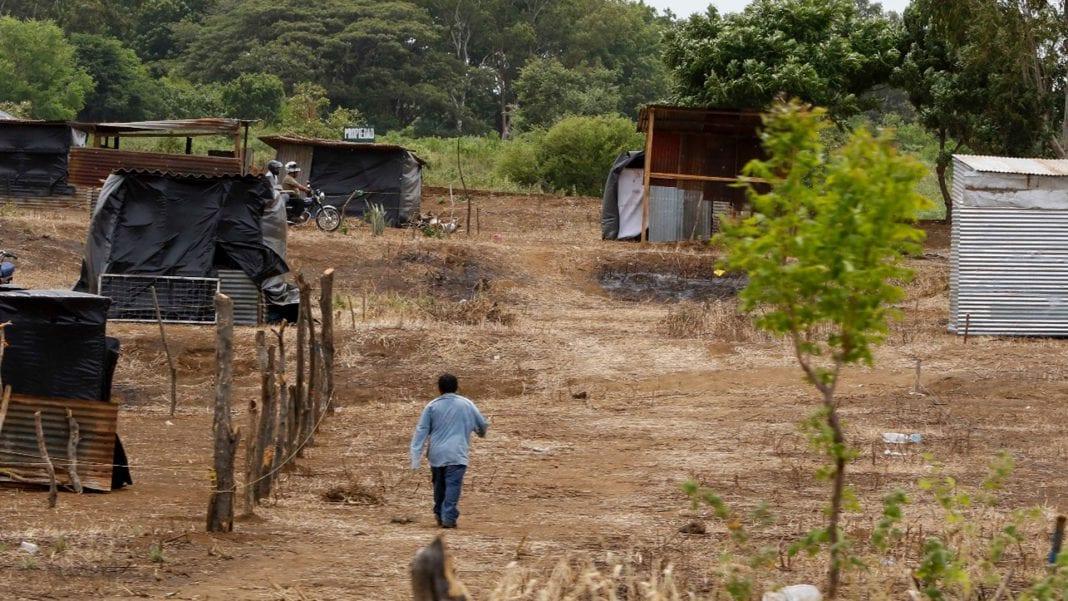 invasores de tierras
