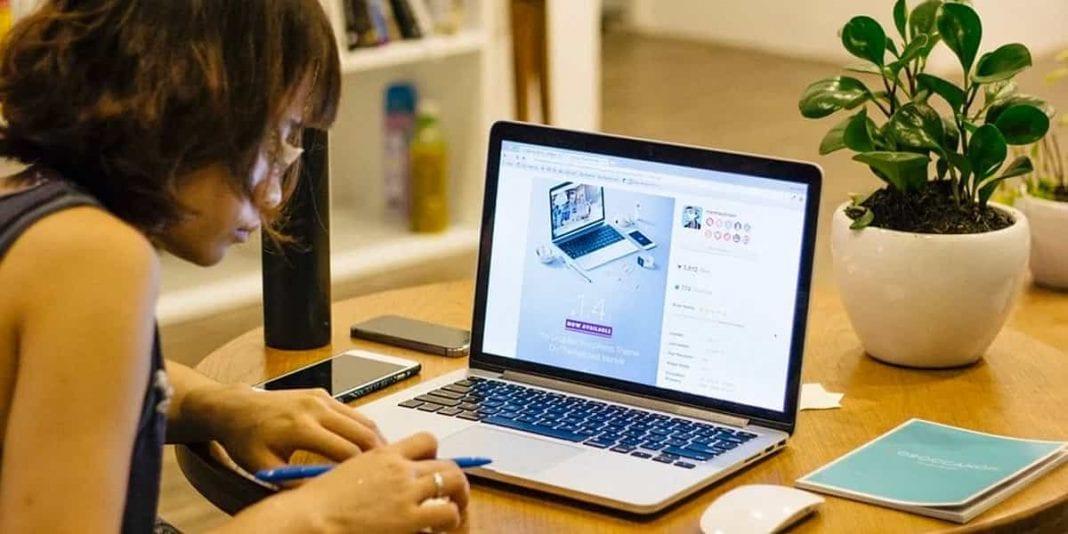 Curso gratuito de Marketing Digital solo para mujeres