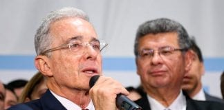 defensa Uribe