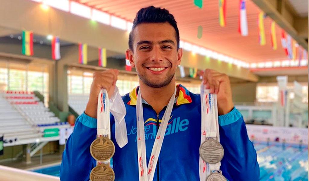 nadador campeón política