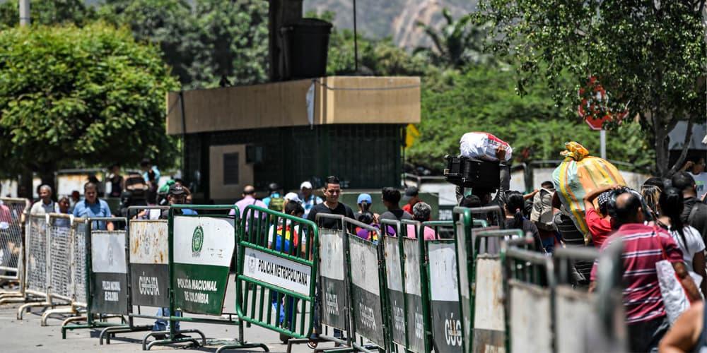venezolanos dejan Colombia