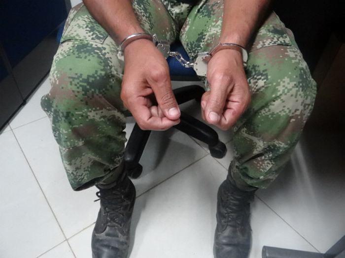 Soldado preso