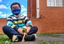 Niño ambientalista