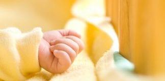 Bebé con tres penes