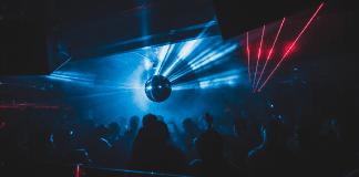 Autorizan aforo del 75 % en discotecas, bares y conciertos en Bogotá