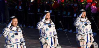 Astronautas chinos