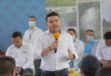 Nicolás García anunció construcción de plazas de mercado y el viaducto en Guayabetal